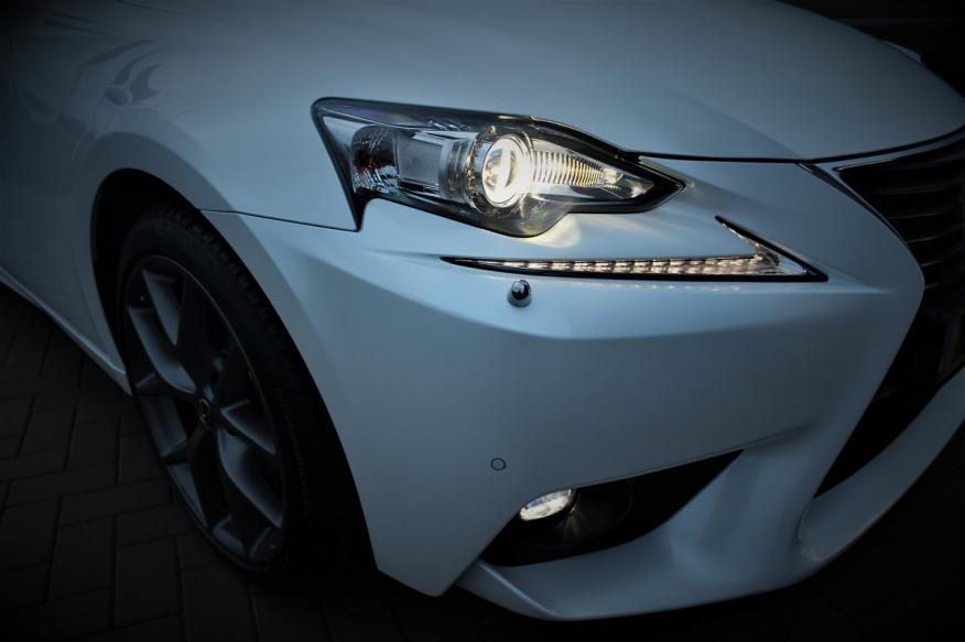 Lexus IS300h Business Line
