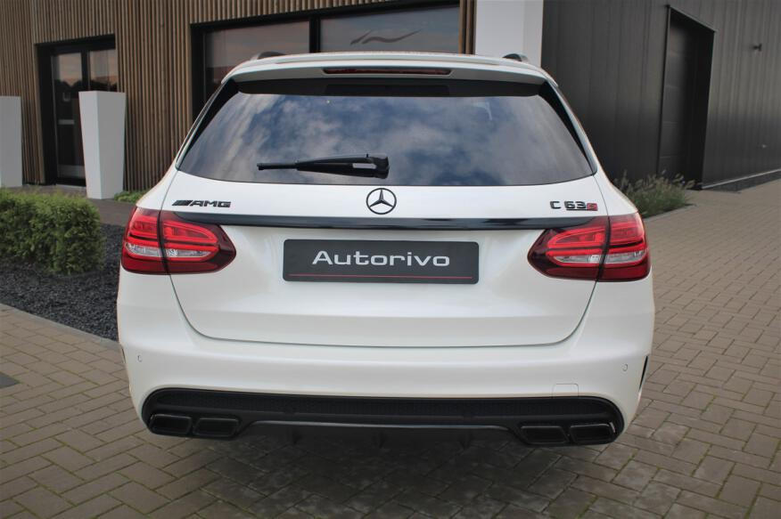 Mercedes C63 AMG Estate V8 Biturbo